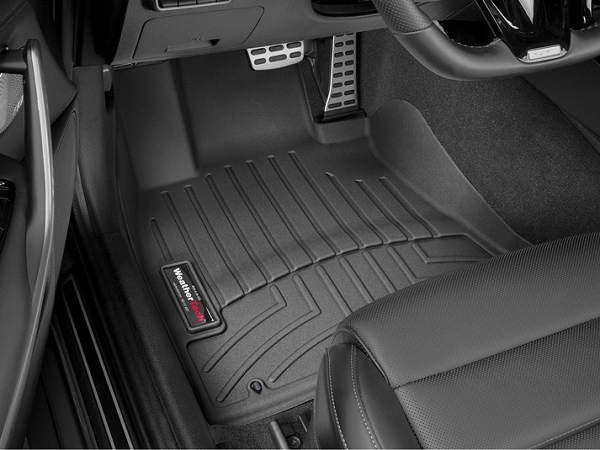 WeatherTech 2018+ Kia Stinger Front FloorLiner - Black (AWD model)